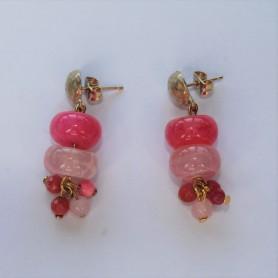 Pendientes dos piedras naturales en tonos rosas con tuerca
