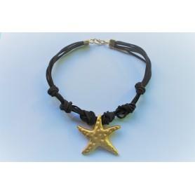 Gargantilla varias vueltas de ante marrón chocolate con estrella de mar bañada en oro